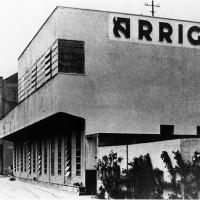 Cesena, esterno dello Stabilimento Arrigoni, 1950-1955 circa (BCM Fondo Bacchi, FBP 911)
