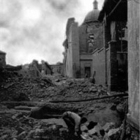 Piazza Duomo bombardata