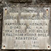 Targa in memoria di Irma Marchiani in piazza a Sestola