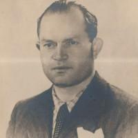 """Gino Menconi, partigiano """"Renzi"""", comandante della piazza di Parma."""