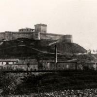 Cesena, una rara fotografia della Rocca Malatestiana risalente agli anni 1880-1885 (BCM Fondo Dellamore, FDP 113)