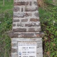 Cippo ai caduti della brigata Costrigniano presso Palaveggio