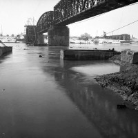 Panoramica dei due ponti dalla sponda lombarda