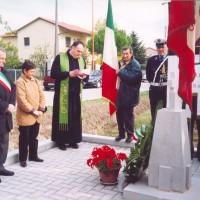 Commemorazione delle vittime con le delegazioni da Sassoferrato e Fabriano, 26 ottobre 2003