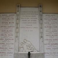 Lapide dei martiri del 14 febbraio.