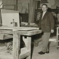 Paolo Belizzi nella sua falegnameria di Via Benedettine