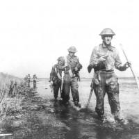 Commandos lungo l'argine Agosta