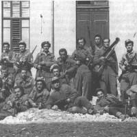 Partigiani del Distaccamento Po, a Parma nei giorni della Liberazione.