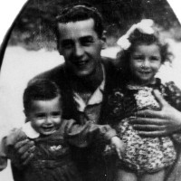 Emilio Po con i figli.