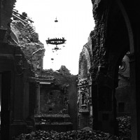 L'interno della chiesa di San Giovanni in Monte, gravemente danneggiato dai bombardamenti