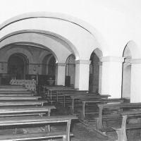Rifugio antiaereo nella cripta prima dei bombardamenti (P. R. ZUCAL, Clausura violata, Stilgraf Editrice, Cesena, p. 91)