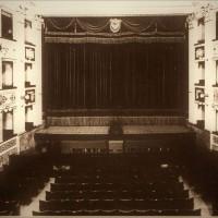 Teatro comunale, palcoscenico (Biblioteca A. Saffi, Arch. Fotografico)