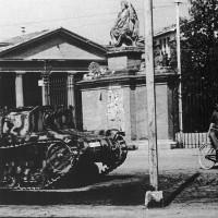 Un blindato italiano immobilizzato a Barriera Bixio, il 9 settembre 1943