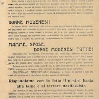 Questo manifestino, firmato dai Gruppi di Difesa della Donna, denuncia le razzie e le spoliazioni alimentari dei tedeschi, esortando le donne a ribellarsi nei loro confronti.