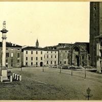 Piazza Saffi, prima della costruzione del Palazzo delle Poste