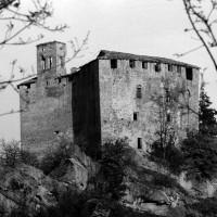 La Rocca d'Olgisio, antico fortilizio sopra Pianello Val Tidone, caposaldo della Divisione GL- Piacenza, più volte attaccato dai nazifascisti.
