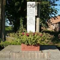 Cippo ai caduti di Zanchetta.