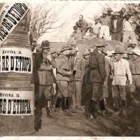 Il Prefetto di Piacenza Davide Fossa in una foto del 1937 in Etiopia con Rodolfo Graziani