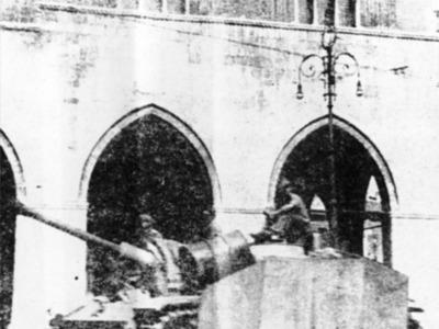 Piazza dei Cavalli 37 – I tedeschi occupano Piacenza