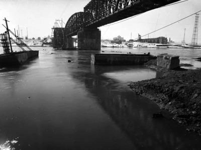 Viale sant'Ambrogio 6-8 – Le infrastrutture sotto il controllo tedesco: i ponti sul fiume Po