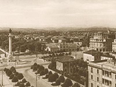 Monumento ai caduti - Piazzale della Vittoria