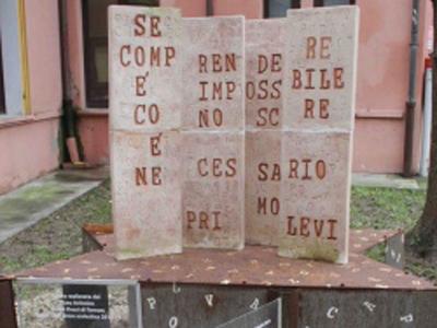 Caserma Bevilacqua, Corso Ercole I d'Este, 36