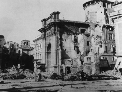 Incrocio via Mazzini/piazza Garibaldi