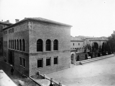 Biblioteca Oriani prima sede del CLN ravennate. Via Corrado Ricci