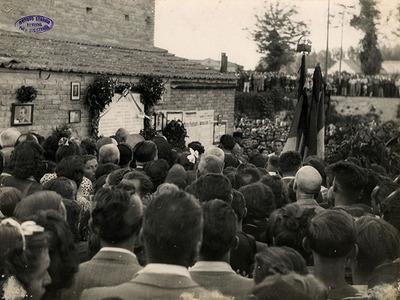 Monumento commemorativo della strage del Ponte degli Allocchi. Cippo dedicato al Prof. Mario Montanari. Circonvallazione al Molino