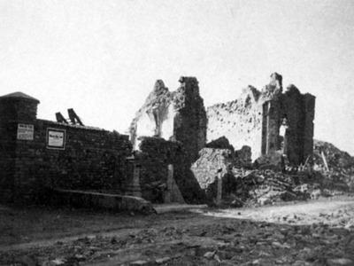 Bombardamento e distruzione della Basilica di Santa Maria Porto Fuori. Via Stradone