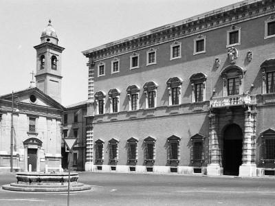 Chiesa e Monastero del Corpus Domini - Piazza Ordelaffi 1