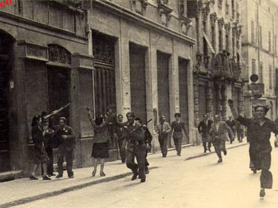 La sfilata della Liberazione a Reggio Emilia – Piazza della Vittoria