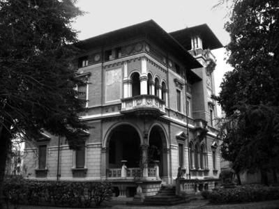 Villa Zironi e Villa Pellizzi – Via della Racchetta, 20 e 9