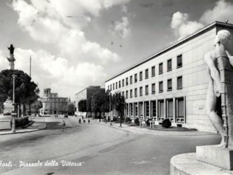 I luoghi dell architettura fascista for Architettura fascista
