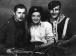 """Partigiani della 12a Brigata Garibaldi, distaccamento """"Betti"""", Bartolomeo Pelizza (Stella), Lina Polizzi (Lina), Luigi Caramella (Tom)."""