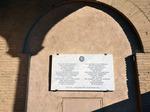 Lapide sulla Basilica in ricordo dei partigliani e di Popski