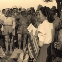 Renata Viganò con le Mondine di Bentivoglio (Bo)