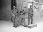Militi di guardia alla federazione fascista di modena.