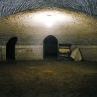 Cripta della chiesa di Santa Cristina, prima del restauro del 2010 (M. MENGOZZI (a cura di), La chiesa di Santa Cristina, Stilgraf Editrice, Cesena, 2012, p. 107)