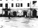 Piazza Municipale e Caffè Centrale (anni '50).