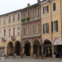 La casa dei Saralvo in piazza del Popolo