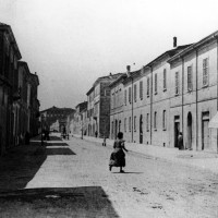 Cesena, Corso Cavour, 1900-1910 circa (BCM Fondo Dellamore, FDP 884)