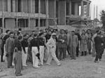 Mussolini visita il cantiere della Casa della Gioventù italiana del littorio