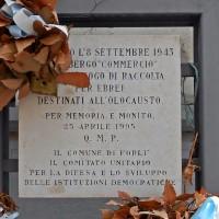 Lapide commemorativa presso Albergo Commercio