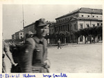 Soldati tedeschi fatti prigionieri in zona Largo Garibaldi.