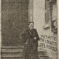 """Nel marzo 1946, in occasione delle prime elezioni amministrative nell'Italia liberata, """"L'Unità"""" sottolinea la novità del voto femminile"""
