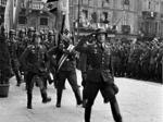 Tedeschi durante una cerimonia ufficiale in Piazza Cavalli a Piacenza