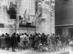 Commemoriazione di fronte alla Ghirlandina il 9 gennaio 1951, primo anniversario dell'eccidio davanti alle Fonderie Riunite.