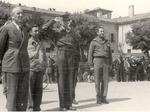 Sfilata della liberazione. Il primo a sinistra è il comandante unico delle forze partigiane modenesi Marco Guidelli Guidi.