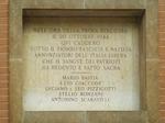 Via San Giacomo 3 (Università): la lapide che ricorda i caduti della battaglia